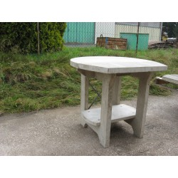 Reinforced concrete table